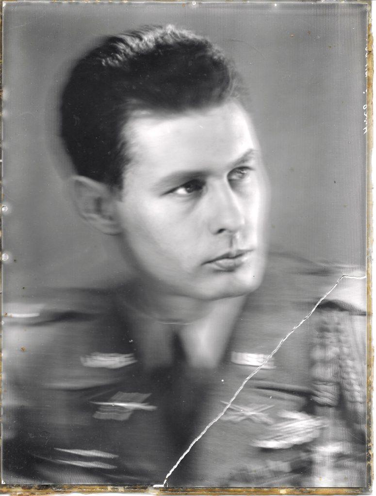Emerson Batdorff - 1943 studio portrait