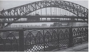 To remedy this the Detroit Superior Bridge was built, a 3,112-foot-long (949 m), world-class artifact. (At the time of its completion, the bridge was the largest steel and concrete reinforced bridge in the world.) It opened to traffic in 1918. (Photo Louis Szakacs)